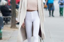 08 white high wasited jeans, a blush cropped sweater, white sneakers and a neutral coat