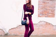 09 a berry-hued look with a plum-colored top, fuchsia cropped pants, black shoes and a bag