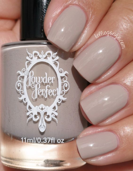 light grey nails are always a good diea, especially in the fall