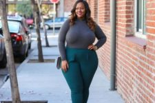 11 emerald pants, emerald shoes, a grey turtleneck and a grey bag – truly fall colors for a chic look