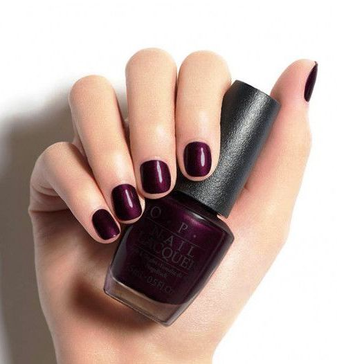 a rich plum shade is a great idea to spruce up your short nails