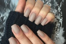 13 matte nude square nails are suitable for work and any casual situation
