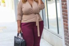 15 plum-colored pants, plum shoes, a taupe top and a black bag for a comfy outfit