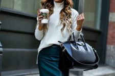 16 an emerald leather midi with a slit, a white turtleneck, a black bag for a comfy fall look