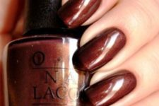 16 rust brown nails with a touch of shine for a bold fall look