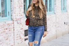 fall look with distressed jeans