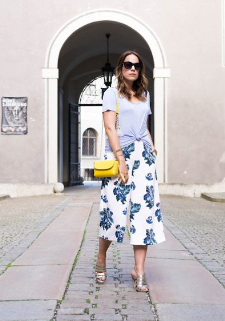With gray t-shirt, floral culottes and yellow mini bag