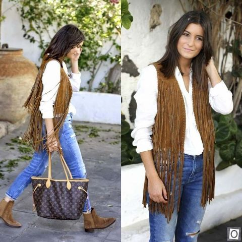With white shirt, distressed jeans, ankle boots and printed tote