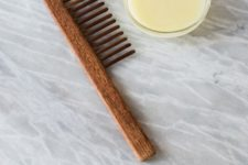 DIY deep hair conditioning with argan oil