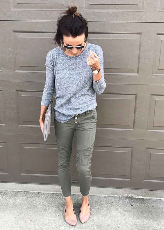 olive green cropped jeans on buttons, a grey top with long sleeves, blush flats for a casual feel