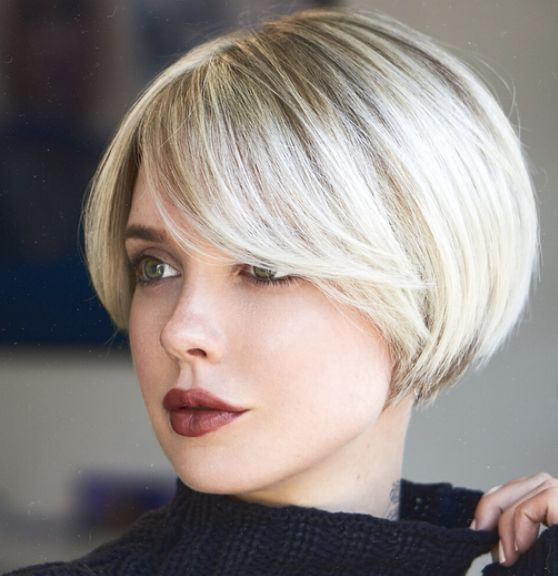 a short bob with side bangs is a chic retro-inspired idea
