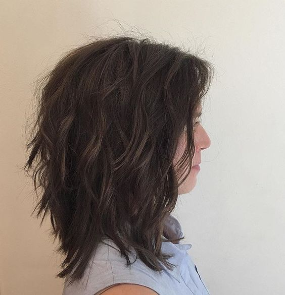 a very shaggy long bob brings much texture and volume even to thin hair