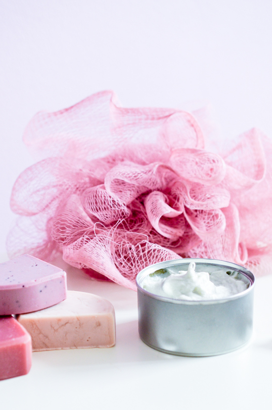 DIY easy whipped shaving soap (via 2women2cats.com)