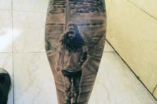 Forrest Gump tattoo on the leg