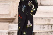 03 a black coat with natural floral prints worn by style icon anna Wintour