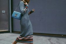 05 a grey knit midi dress with stripes, platform shoes and a blue bag for a trendy feel