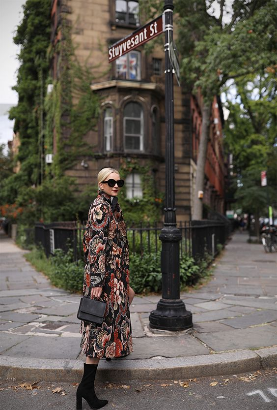 a moody floral coat is great for fall and winter, it's a cool way to add a floral touch to your look