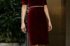 08 a sheath dress of velvet will not only make you look large but also older casue of the fabric