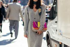 09 a color block bag, sneakers, a bright scarf and a dark lipstick raise this grey knit dress to a new level