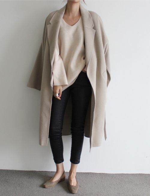 black cropped skinnies, grey kitten heels, a white sweater, a creamy coat for a winter business casual look