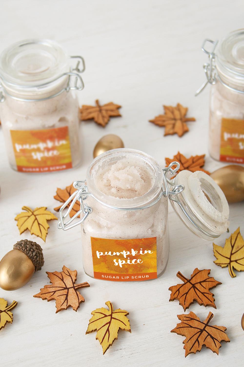 DIY pumpkin spice sugar lip scrub