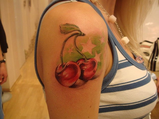 Artistic tattoo on the shoulder