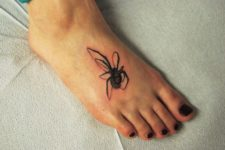 Cool tattoo design on the foot