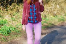 With plaid shirt, gray wide brim hat, lilac pants and blue shoes