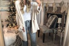 05 grey joggers, a white tee, a creamy cardigan, shoes and a blush beanie for a super cozy look