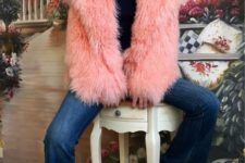 08 such crazy colorful fur coats are not on top right now, change them for simpler ones