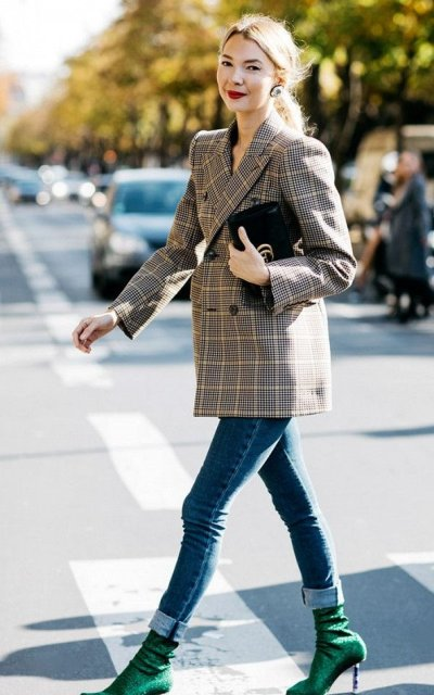 With plaid blazer, skinny jeans and black clutch