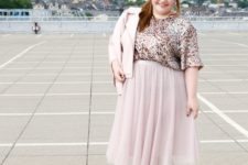07 a tender outfit with a sequin top with short sleeves, a blush midi, a blush leather jacket and nude shoes