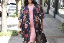 plus size maternity look with a kimono