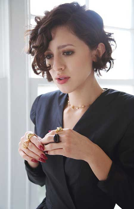 a short chopped curly bob for a textural and dimensional look