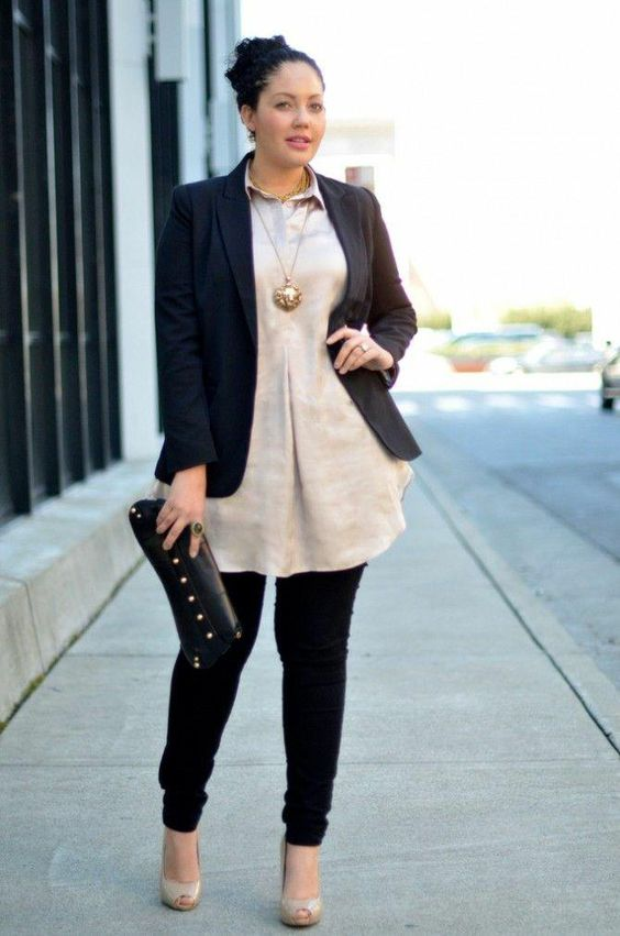 black skinnies, a neutral shirt, a black blazer, nude shoes and a statement necklace plus a clutch
