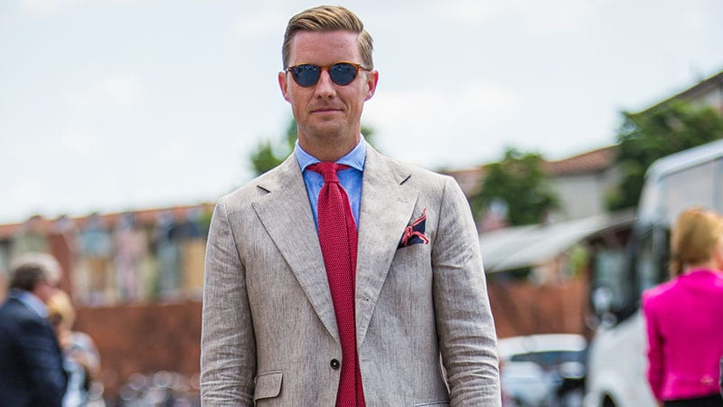 an Ivy League crew cut is a longer version of a classic crew cut and it features neat and sleek lines