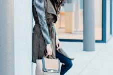 With striped shirt, skinny pants, beige pumps and bag