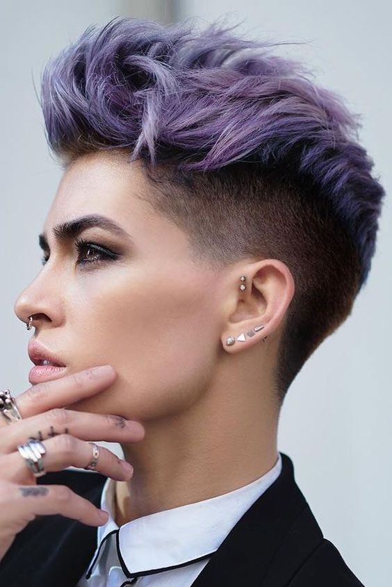 a lilac pixie haircut with much texture is a bright idea that wil make you noticed anytime