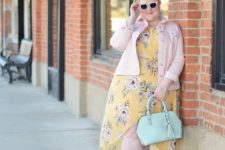 05 a yellow floral print midi dress with a high low skirt, nude shoes, a pink denim jacket and a mint bag