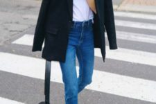 08 a casual look with a white tee, blue jeans, a black blazer, black pointed shoes and a bag