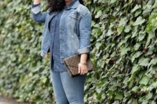10 a full denim look with a chambray shirt, a denim jacket, skinnies, nude shoes and a printed clutch