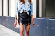 With denim shirt, white bag and suede ankle boots