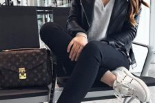 02 a grey tee, a black leather jacket, black skinnies, white studded sneakers and a comfy corssbody