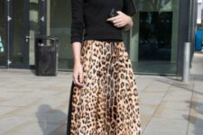 05 a black top, a leopard print midi, black shoes and a black bag for a trendy outfit