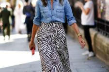07 a zebra print midi, a chambray shirt, brown strappy shoes for a spring boho look
