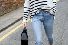 11 a striped top, blue cropped jeans, nude shoes and a black bag for a comfy spring look