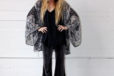 With top and printed loose cardigan