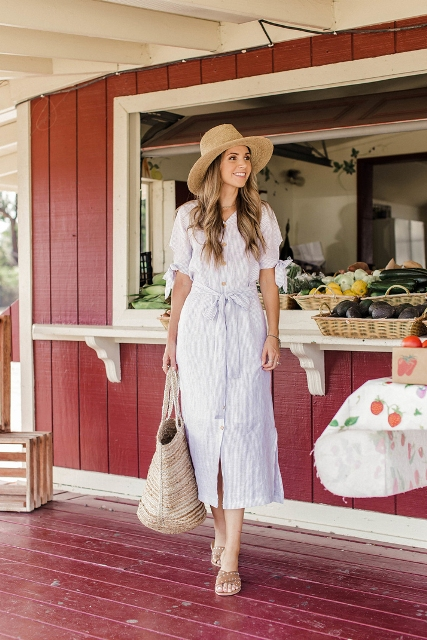 With tote bag, mules and wide brim hat