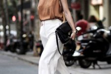 05 a flawless look with a rust cami top, white culottes, nude mule sandals and a black bag for summer