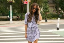 05 a striped navy and white shirtdress over the knee with a bow and white loafers for an effrotlessly chic look